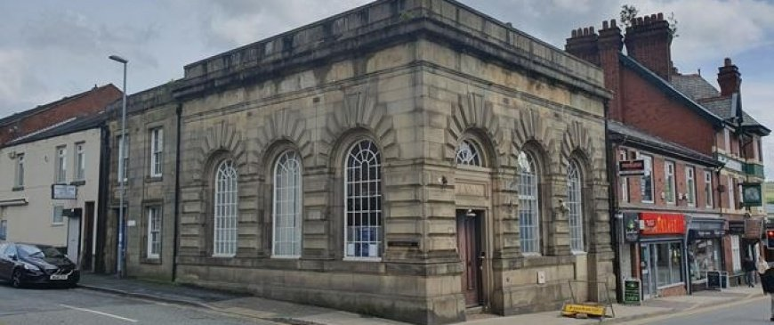 Oldham RBS bank to go under the hammer